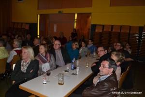DSC_0108.JPG interess.Publikum dunkel 2